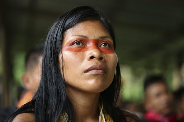 """🌳 Esta Mujer Indígena Amazónica recibe """"el Nobel del Medio Ambiente"""" – Inspimundo"""