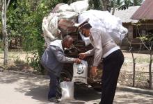 Photo of Memperingati HUT Lalu Lintas Ke-65 Satlantas Polres Lhokseumawe Bagi-bagi Sembako