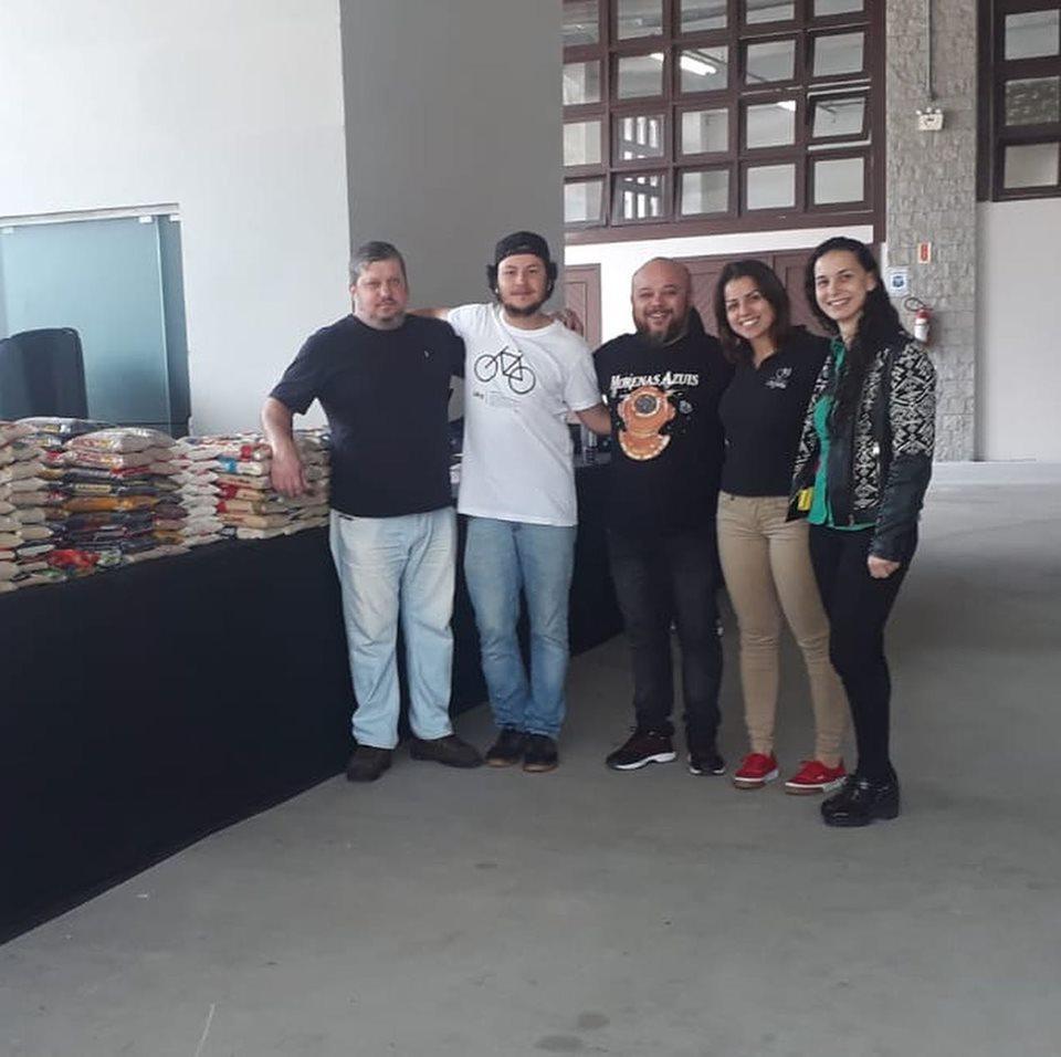 Fundação Cultural de Brusque doa 700 quilogramas de alimentos para quatro entidades
