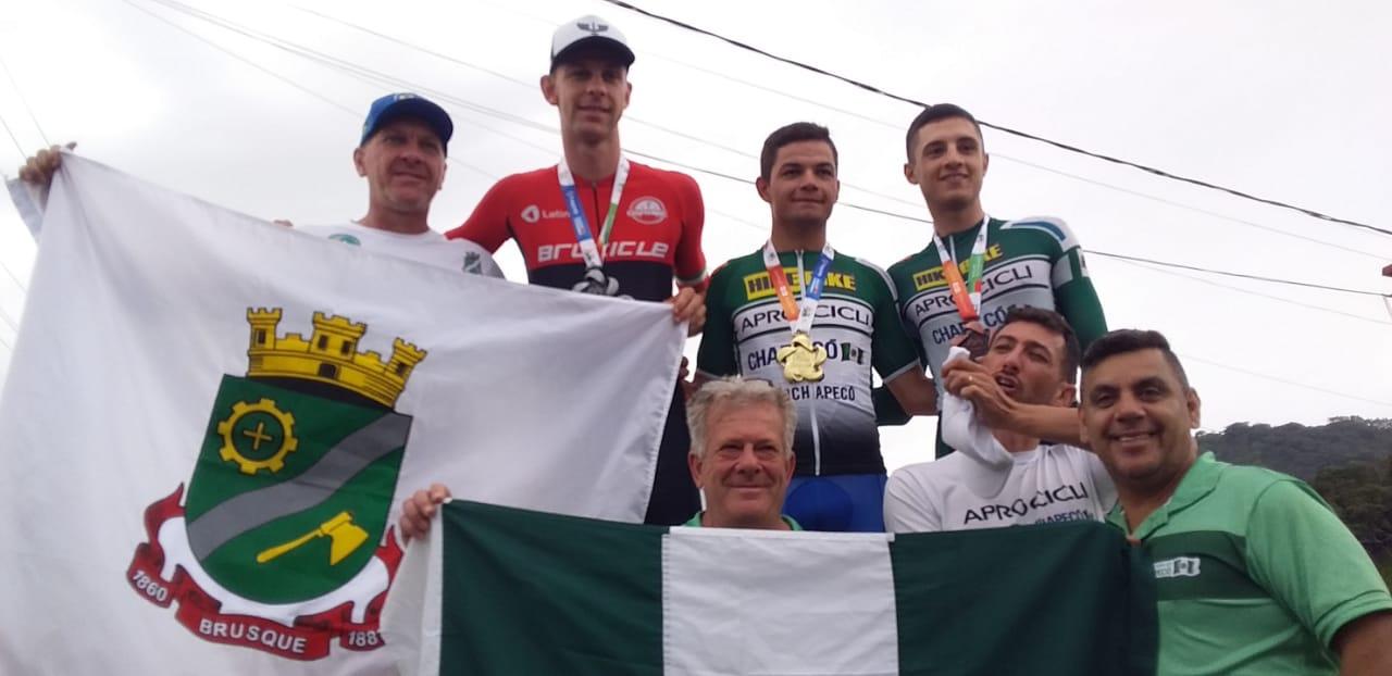 Brusque é prata no contrarrelógio e se aproxima do título de campeão geral do ciclismo dos Jogos Abertos