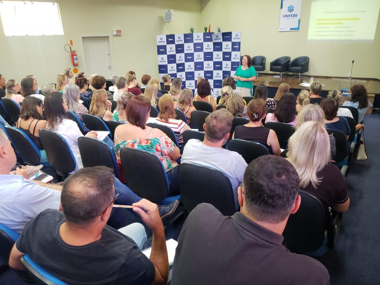 Educação promove primeira reunião do ano com diretores das unidades escolares de Brusque