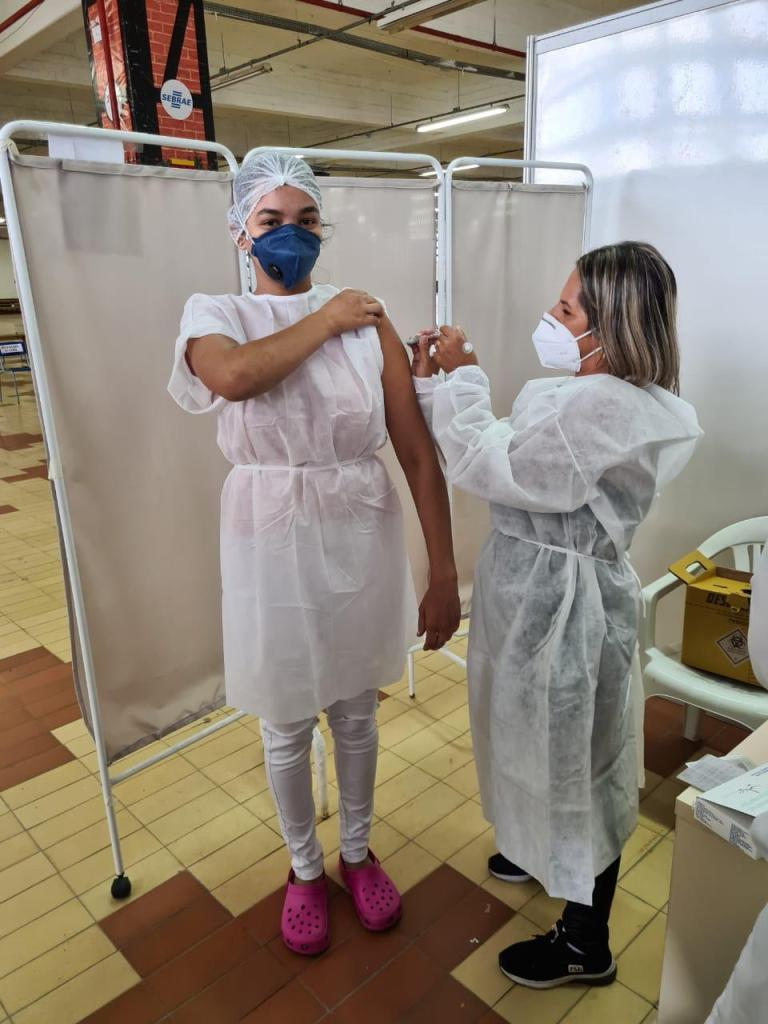 Profissionais de saúde podem fazer agendamento para vacinação contra Covid-19