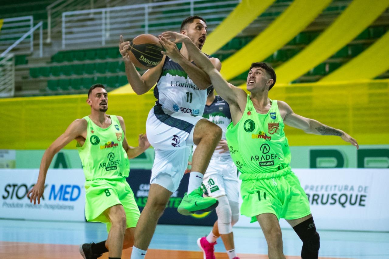 Brusque é destaque ao sediar o Campeonato Nacional de Basquete