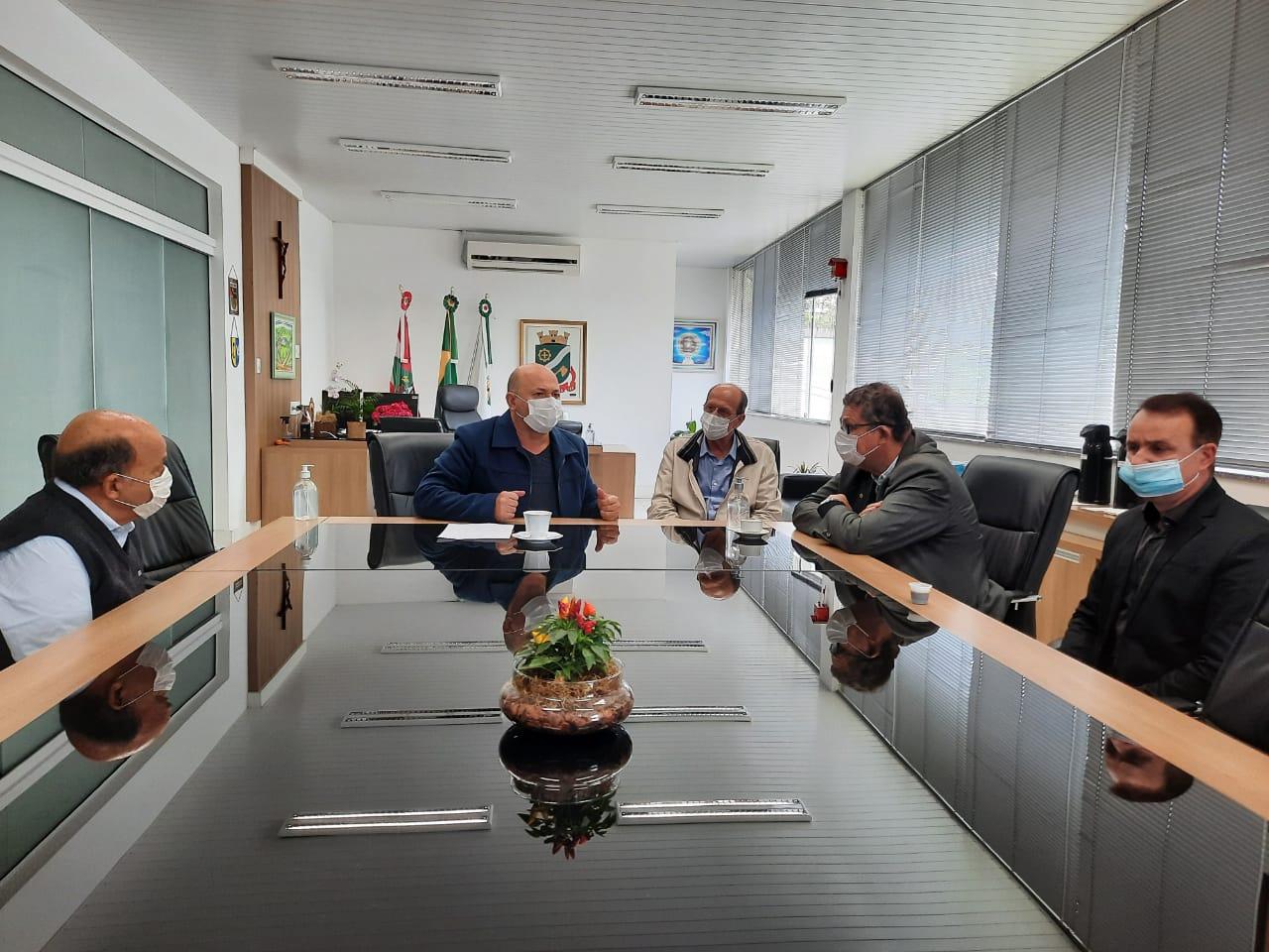 Brusque recebe emendas parlamentares para saúde e infraestrutura
