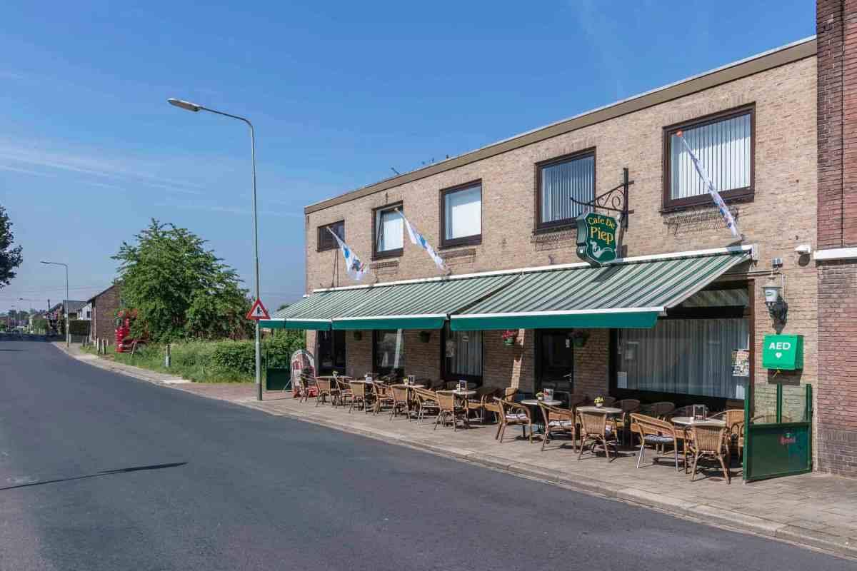 Te koop goed onderhouden cafe de Piep in Nieuwstadt