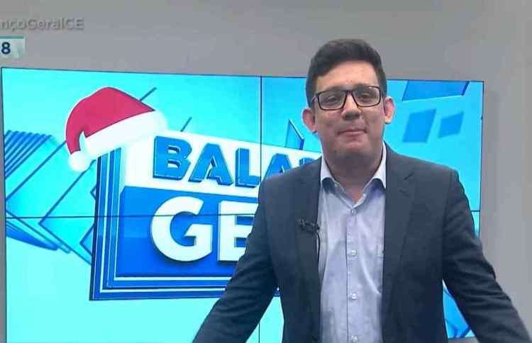 Erlan Bastos apresentando o Balanço Geral CE, no dia 25 de dezembro