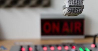 Quase um século: como o rádio se manteve erguido com o passar do tempo