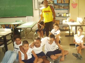 Portal Capoeira Mestre Chico: Capoeira ajuda jovens com deficiência Capoeira sem Fronteiras
