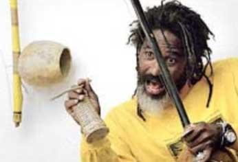 Portal Capoeira Africa: Mestre Cobra Mansa em Viagem de pesquisa Notícias - Atualidades