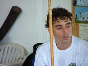 Portal Capoeira Brasilia: O Gunga Chama! Repercusão... e Volta por Cima... Cidadania