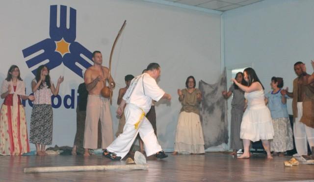 Portal Capoeira Crônica: A Chatice da Igualdade Capoeira sem Fronteiras