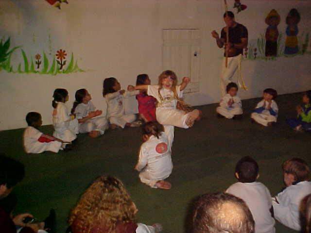 Portal Capoeira O Brincar na 1ª Infância: Subsídios para sua aula de capoeira infantil Cidadania