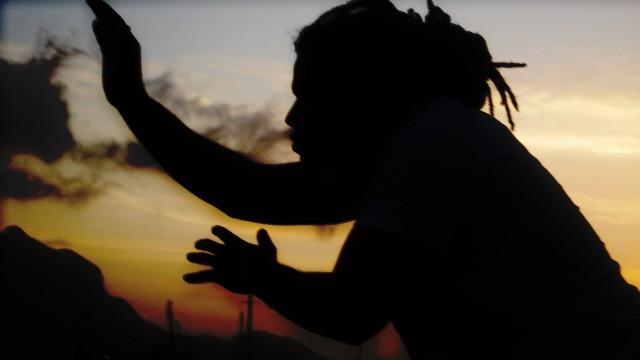 Portal Capoeira Crônica: Quem é você que vem de lá? Publicações e Artigos