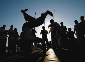 Portal Capoeira Ceará: Capoeira na Ponte Metálica Notícias - Atualidades