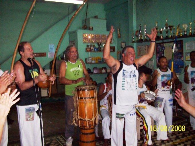 Portal Capoeira Entrevista: Mestre Mintirinha Conversando com o Mestre Mestres
