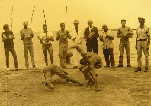 Portal Capoeira Os nossos verdadeiros Heróis Crônicas da Capoeiragem