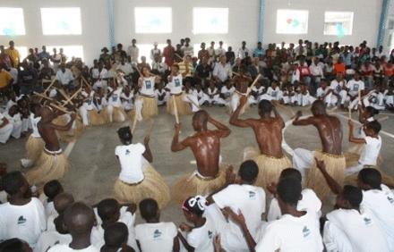 Portal Capoeira I Batizado e Entrega de Cordas do Projeto Gingando pela Paz no Haiti Notícias - Atualidades