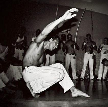 Portal Capoeira Mestre Boneco comemora 35 anos de Capoeira Eventos - Agenda