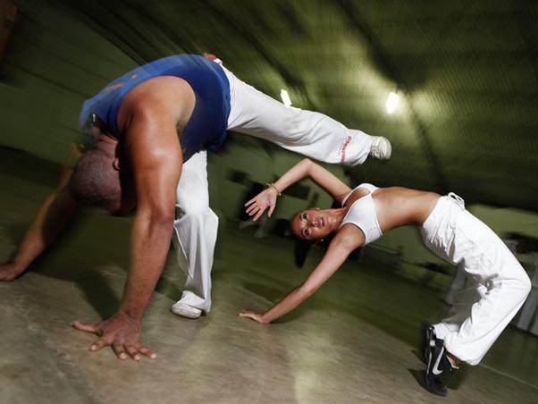 Portal Capoeira RJ: Daniele Suzuki redescobre a capoeira Saúde e Comportamento