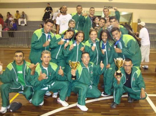 Portal Capoeira Capoeiristas do Meninos Guerreiros conquistam muitas medalhas em Ribeirão Pires Eventos - Agenda