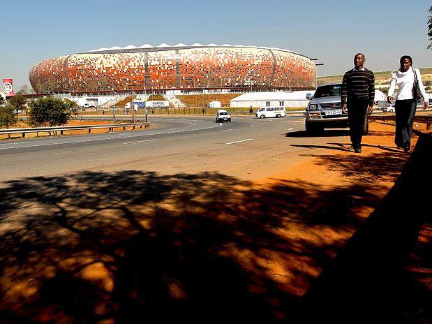 Capoeira, mosaico e estrelas africanas agitarão abertura da Copa
