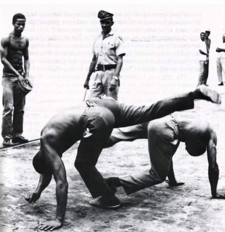 Portal Capoeira Capoeira Baiana divulga Manifesto Crônicas da Capoeiragem