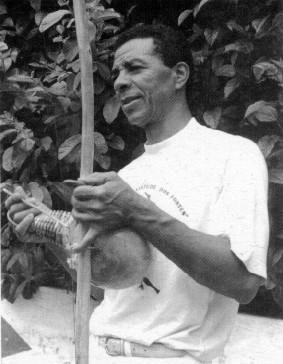 """Portal Capoeira Mestre Brasília: """"50 anos sem tirar a mão do chão"""" Notícias - Atualidades"""