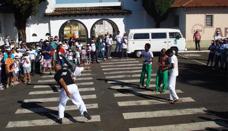 """Portal Capoeira Araxá: """"Capoeira e Combate as Drogas"""" Cidadania"""