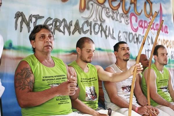 Portal Capoeira Mestre Capixaba enfrenta uma velha sina capixaba Notícias - Atualidades