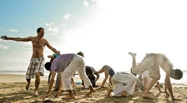 Portal Capoeira Capoeira e Educação Libertária para Formação de Sujeitos Autônomos Publicações e Artigos