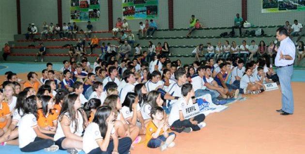 """Portal Capoeira Projeto """"Capoeira na escola"""" comemora 16 anos em Piumhi Cidadania"""