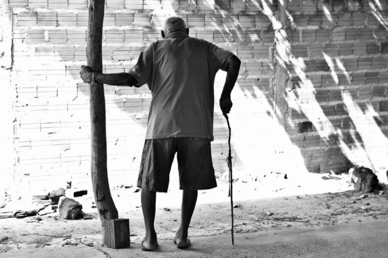Portal Capoeira O triste fim de um Mestre(a) de Capoeira Cidadania Capoeira
