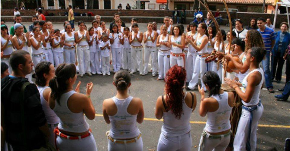 Brasília sedia encontro de mulheres capoeiristas