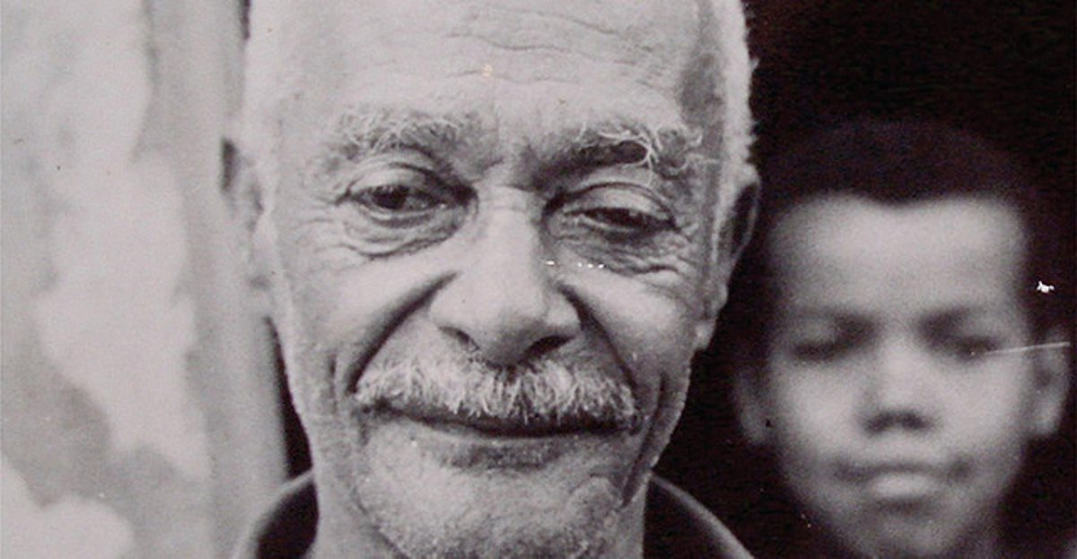 Portal Capoeira Há 35 anos, partia Mestre Pastinha, criador da capoeira de Angola Publicações e Artigos