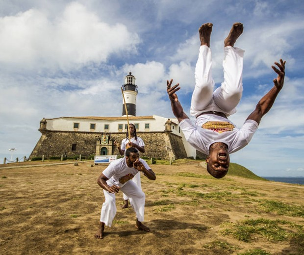 SALVADOR: Cinco baianos garantem vaga em final de torneio global de Capoeira