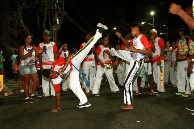 Bahia: Bloco da Capoeira comemora dez anos de folia Geral Portal Capoeira