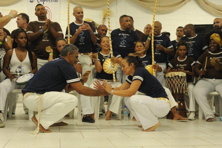 O LUGAR (IN)COMUM DA MULHER NA CAPOEIRA