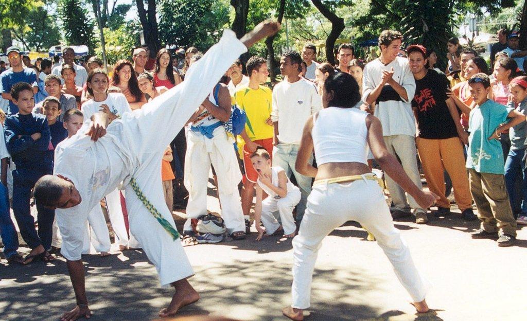 O papel da capoeira na educação