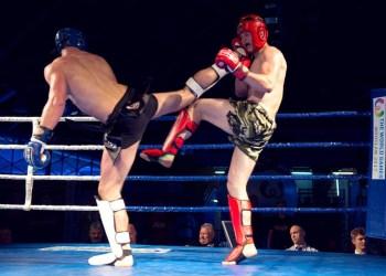 Cidade recebe torneio de Kickboxing