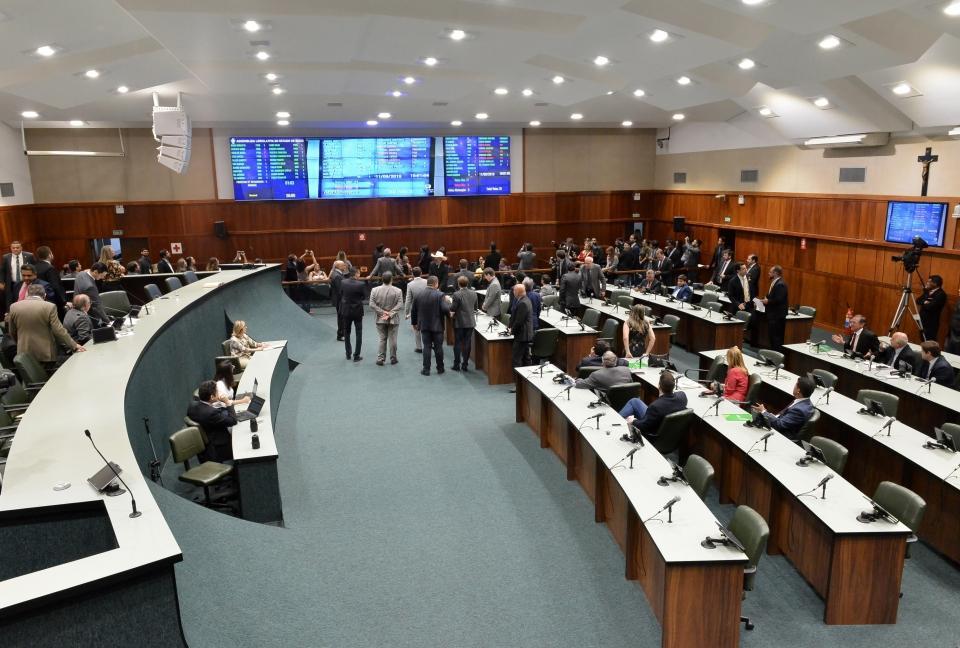 plenário assembleia