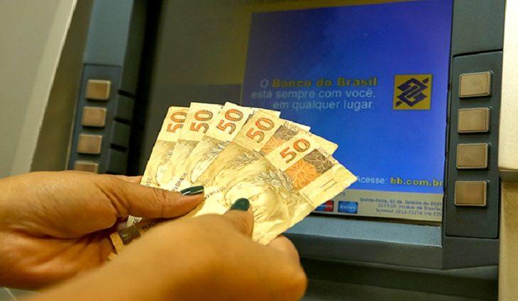 Governo deposita salário dos 79 mil servidores públicos de MS