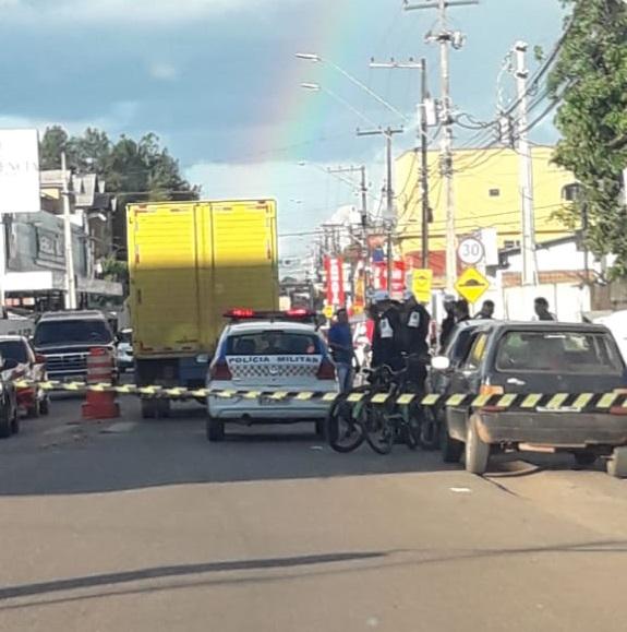 Caminhão atropela e mata ciclista em Porto Velho