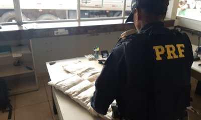 PRF prende duas mulheres com mais de 13 quilos de cocaína na BR-364
