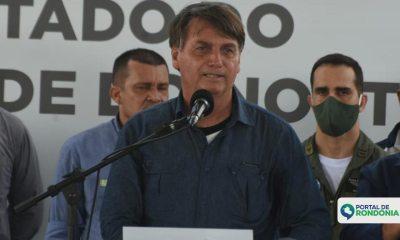 Bolsonaro confirma auxílio emergencial até dezembro
