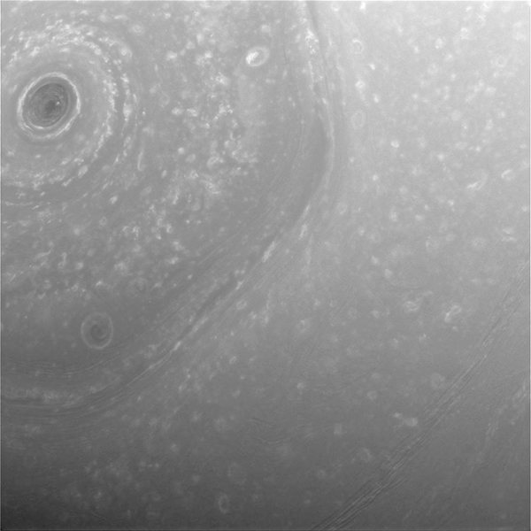 Cassini envia primeiras imagens da nova órbita