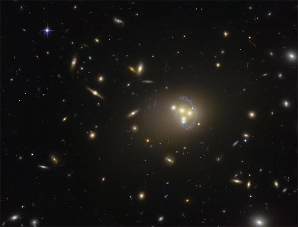 Enxame de galáxias Abell 3827