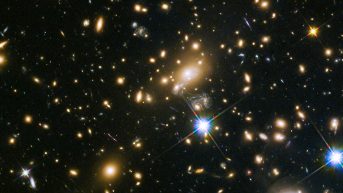 Uma lupa cósmica revela-nos a estrela mais distante de sempre