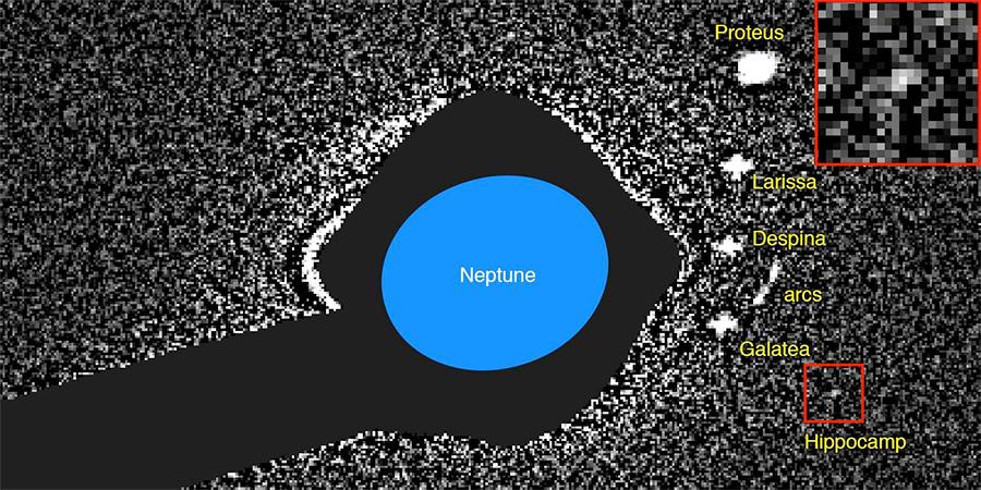 A mais nova e minúscula lua de Neptuno é provavelmente um fragmento de uma lua maior