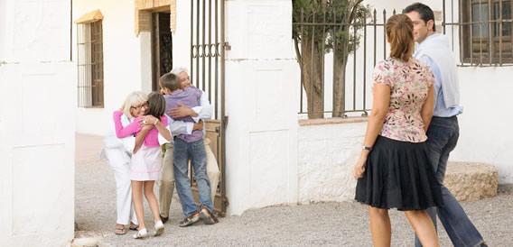 grandes-imoveis-podem-abrigar-idosos-e-jovens-de-modo-confortavel-e-seguro