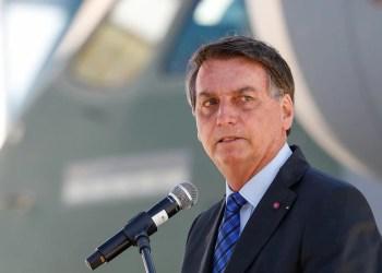 'Quer botar quem no lugar?', questiona Bolsonaro sobre impeachment